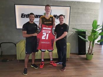 Basketball Nationalspieler Robin Benzig zum Personal Training bei Erdtmann&Myles in Darmstadt