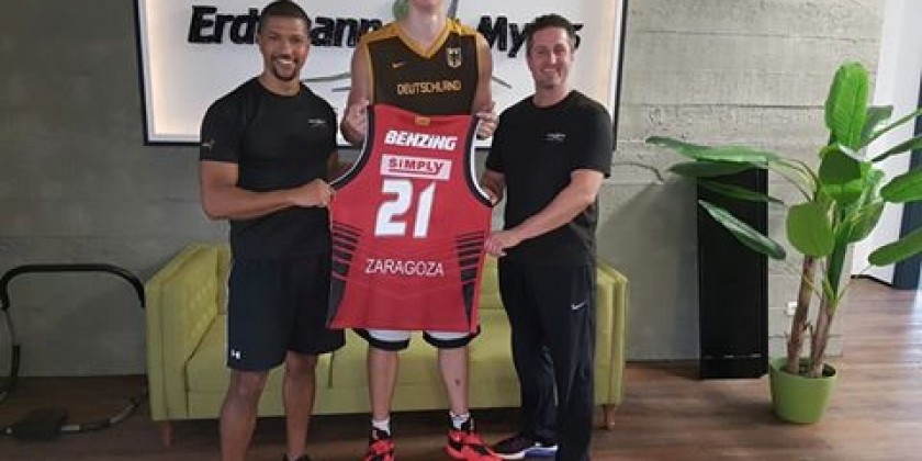 Basketball Nationalspieler Robin Benzig zum Personal Training bei Erdtmann&Myles in Darmstadt